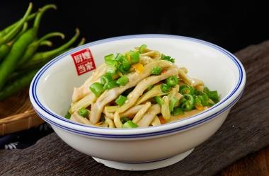 青椒油渣焖芦笋